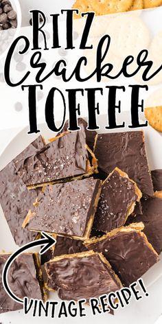 Ritz Cracker Toffee Recipe, Ritz Cracker Candy, Ritz Cracker Dessert, Ritz Cracker Recipes, Christmas Cooking, Christmas Desserts, Christmas Candy, Christmas Treats, Sweets Recipes