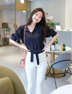 T-Shirts, Dress, Blouse, Skirts, Pants & Simple Outfits For Teens, Classy Work Outfits, Office Outfits Women, Business Casual Outfits For Women, Office Fashion Women, Girls Fashion Clothes, Basic Outfits, Casual Fall Outfits, Teen Fashion Outfits