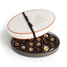 Parfait Chocolates Gift Box ~ Assortment includes new flavors such as Brown Butter Hazelnut, Raspberry Cheesecake, & Salted Caramel. Chocolate Gift Boxes, Chocolate Packaging, Love Chocolate, Chocolate Candies, Brown Butter, Cocoa Butter, Godiva Chocolatier, Personalized Chocolate, Unsweetened Chocolate