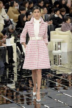 Chanel Couture Spring 2017 – WWD