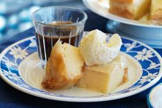 Lemon bougatsa - Perfect for sharing, this Greek dessert is sweet, tasty and low-fat.