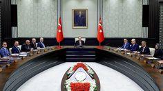 "Turkey belum ingin segera memperbaiki hubungan dengan Mesir  ANKARA (Arrahmah.com) - Turki belum mengambil langkah-langkah apa pun untuk memperbaiki hubungan dengan Mesir ungkap Wakil Perdana Menteri Numan Kurtulmus Senin 11/(7/2016) setelah Turki baru-baru ini memulihkan hubungan dengan Rusia dan ""Israel"" sebagaimana dilansir Al-Arabiya.  Kurtulmus juru bicara pemerintah membuat pernyataan tersebut pada konferensi pers di Ankara.  Turki bulan lalu mengumumkan pemulihan hubungan diplomatik…"
