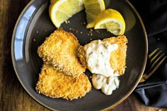 Crispy Oven-Fried Fish with Dijon Tartar Sauce, This healthy oven baked fish recipe calls for a one-two-three dredging process which results in a nice crunchy coating without deep frying and without the added calories! Oven Fried Fish, Crispy Oven Fries, Baked Fish, Fries In The Oven, Oven Baked, Fish Fry, Fish Recipes, Seafood Recipes, Breaded Fish Recipe