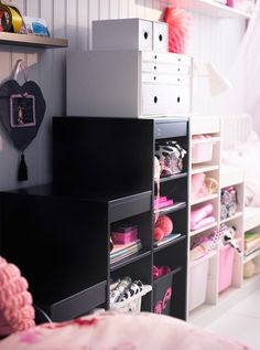Play room storage: Check out these 20 ways to use the use the IKEA Trofast beyond just toy storage. Some are true hacks and reimaginings, others minor tweaks and adjustments. Organisation Ikea, Toy Room Organization, Ikea Trofast Storage, Toy Storage, Trofast Hack, Smart Storage, Ikea Kids Room, Kids Bedroom, Kids Rooms