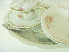 Antique Pink Roses on Tea Cups ~ Mary Wald's Vintage Place: Pink Roses on China Make Any Day Better, Even a Stormy Day