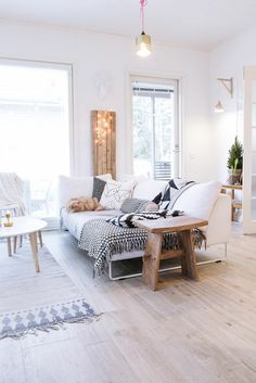 Wohnzimmer Einrichten Altbau See More Skandinavisch Wohnzimmertische