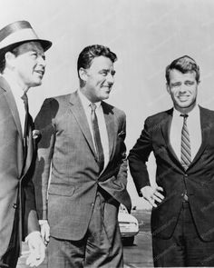 F Sinatra, Peter Lawford, Robert Kennedy 8x10 Reprint Of Old Photo