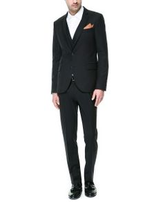 ZARA - MAN - STRUCTURED CHARCOAL SUIT What is James going to wear?