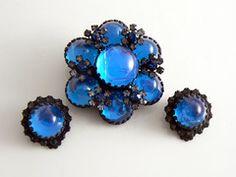 Vintage Bold Azure Blue Rhinestone Demi Parure - Vintage Lane Jewelry - 1