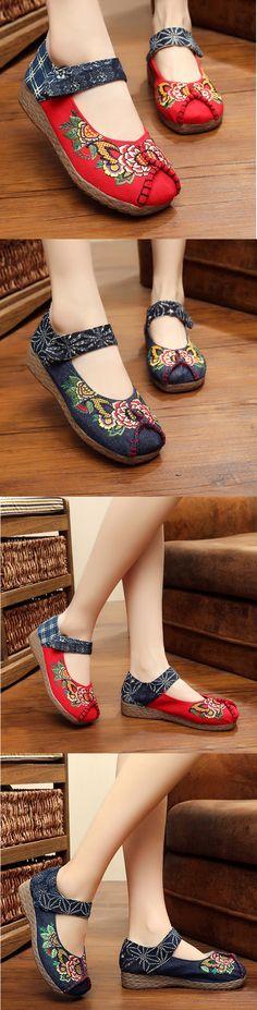 US$17.76 Peony Embroidered Old Peking Hook Loop Flat Shoes