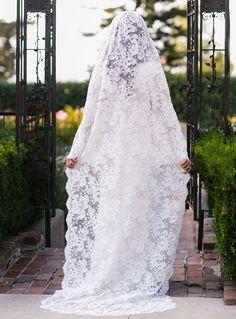 gorgeous cathedral length wedding veil
