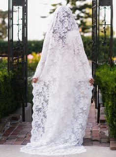 Cathedral lace veil designed by Mary Kate + Ashley Olsen of The Row