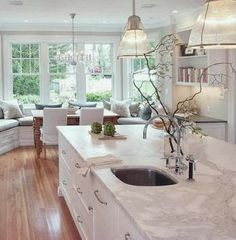 Pat's white kitchen: Classical Kitchen - traditional - kitchen - new york - Pickell Architecture: love the window seat Grey Kitchens, Home Kitchens, Tuscan Kitchens, Bright Kitchens, Luxury Kitchens, Classical Kitchen, Style At Home, Window Seat Kitchen, Kitchen With Bay Window