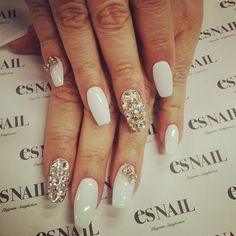 (1) Tumbler -  nails