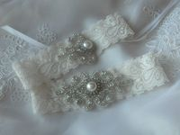 Wedding Bridal Garter Set Vintage Wedding Ivory Lace Garter Pearl