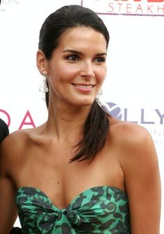 Women's Fashion Tips Angie Harmon & Sasha Alexander.Women's Fashion Tips Angie Harmon & Sasha Alexander Beautiful Celebrities, Beautiful Actresses, Angie Harmon Bikini, Sascha Alexander, Angie Everhart, Actrices Sexy, Native American Beauty, Hot Actresses, Girl Crushes