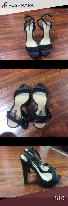 Forever 21 Black & Gold Platform Heels Size 8 Condition: Used.  Show signs of wear.  Super comfortable heels. Used to be my go-to. Forever 21 Shoes Heels