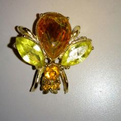 Vintage beautiful fly brooch!!! A fly for 4th of july in great condition approximately 1inch in diameter Accessories