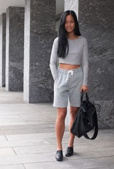 Comfy in sweatshorts fromHM, but making it 'prettier' with bag fromJil Sanderand a crop top fromWeekday. (image:vanillascented)