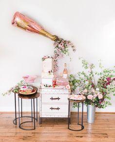 Bridal Shower Wine, Outdoor Bridal Showers, Garden Bridal Showers, White Bridal Shower, Bridal Shower Flowers, Bridal Shower Decorations, Bridal Brunch Shower, Elegant Bridal Shower, Brunch Decor