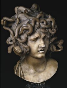 Considered by the critics as one of the most problematic works of Gian Lorenzo Bernini, the Bust of Medusa dates from between 1644 and 1648. This work of art features Medusa when she sees herself in an imaginary mirror and is caught in the moment when she realises her condition.