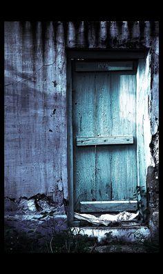 Door lσvє ♥ #bluedivagal, bluedivadesigns.wordpress.com