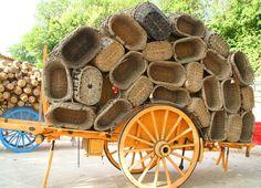 La Fête de la Vannerie à Vallabrègues est l'occasion pour tous les artisans de montrer leur savoir faire lors d'un weekend Occasion, Week End, Provence, Basket, Europe, Texture, Wood, Handmade, Outdoor Gardens