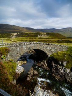 Stone Bridge at Glenn Roy © mya hewitt