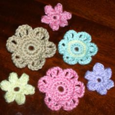 Crochet Some Pretty Flowers with These Free Patterns: Easy Crochet Flower Patterns