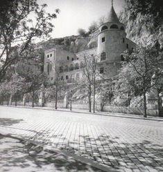 Ilyen is volt Budapest - Szent Gellért rakpart, a Pálosok kolostora Budapest, Marvel, Outdoor, Hungary, Outdoors, Outdoor Games, The Great Outdoors