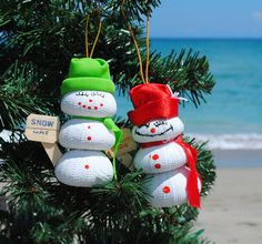 Sea Urchin Snowman Ornaments from @wild thing Styles!