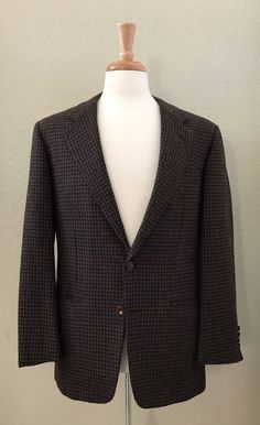 Hickey Freeman Nordstrom Canterbury Brown 40R Houndstooth  Sport Coat - Men's Jacket by StatelyVintageShop on Etsy https://www.etsy.com/listing/534663644/hickey-freeman-nordstrom-canterbury