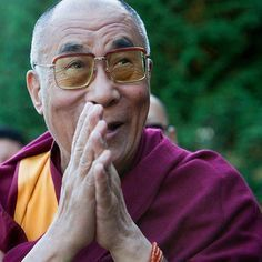 "❥ ""The planet does not need more 'successful people'. The planet desperately needs more peacemakers, healers, restorers, storytellers and lovers of all kinds.""  ★★★★ ~~H.H.the Dalai Lama"