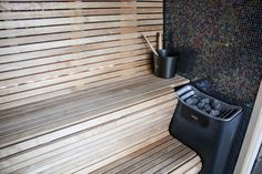 Das gibt's nicht oft: eine Sauna in der Hotelsuite http://www.travelworldonline.de/traveller/vox-hotel-in-joenkoeping-ein-innovatives-hotelkonzept/?utm_content=buffer66f5a&utm_medium=social&utm_source=pinterest.com&utm_campaign=buffer #twosweden #schweden #smaland