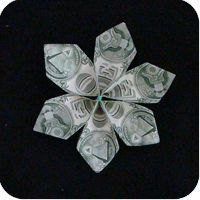 This Money Twist Tie Modular Flower is a variation of a traditional design. It is a simple model to make and it generates four different versions of the Money Origami Tutorial, Origami Flowers Tutorial, Flower Tutorial, Origami Instructions, Oragami Money, Origami Money Flowers, Money Lei, Money Cake, Origami Boxes