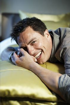 I have a large crush on Captain Jack Harkness. Though we are pretending that Torchwood season 3 didn't happen.