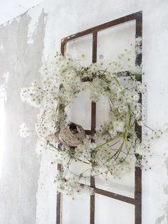 Be a Hedge Witch. Wild wreath made from Old Man's Beard. Dried Flower Wreaths, Dried Flowers, Diy Wreath, Door Wreaths, Autumn Wreaths, Christmas Wreaths, Designer Flower Girl Dresses, Bouquet Box, Fleurs Diy