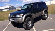 Hi, Lookin for or around that will work on street aswell as offroad and snow. Pajero Off Road, Best 4x4 Cars, Nissan Patrol Y61, Patrol Gr, Nissan 4x4, Toyota 4runner, Offroad, Dream Cars, Chevy