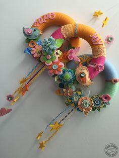 New Hobby For Men - Hobby Lobby Beads - - Hobby Lobby Letters - Hobby Lobby Mothers Day Felt Flower Wreaths, Felt Wreath, Wreath Crafts, Diy Wreath, Felt Flowers, Cute Crafts, Felt Crafts, Easter Crafts, Hobbies To Take Up
