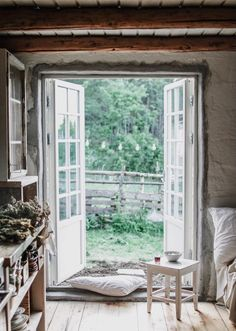my scandinavian home: A Magical Norwegian Country Cottage With a Wabi Sabi Vibe Luxury Homes Interior, Home Interior, Room Decor Bedroom, Bedroom Closets, Bedroom Signs, Master Bedrooms, Bedroom Apartment, Bed Room, Diy Bedroom