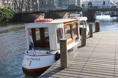 Delphine Amsterdam Historic Boat Tour at Rijksmuseum Balade en bateau historique Amsterdam