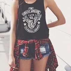 Image via We Heart It https://weheartit.com/entry/173413581 #fashion #flannel #girls #jeans #pretty #ripped #style
