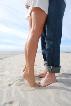 Beach Based Engagement Photo Ideas