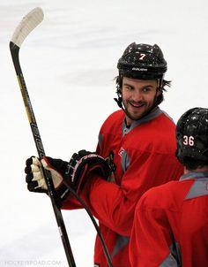 hockeybroad: Big ol' Brent Seabrook smile.