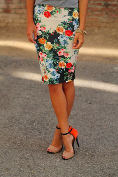Gorgeous floral skirt fashion with heels