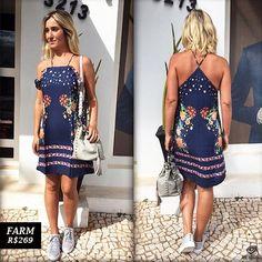 Produção fresh e moderna para dias quentes: vestido com estampa floral Farm + tênis Le lis Blanc + bolsa Animale. ☀️ Estamos te esperando em nossa loja na Rua Generosa Bastos, 3213.   Compre pelo whatsapp 17 98119-0900 ou venha até nossa loja na Redentora.  #theoriginal #animale #adorofarm #lelisblanc#moda #modafeminina #dica #riopreto #mulher #ootd #lookdodia