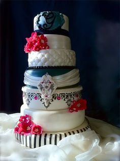 navy blue and pink wedding cakes 1000 images about fuschia magenta ivory wedding and 17758