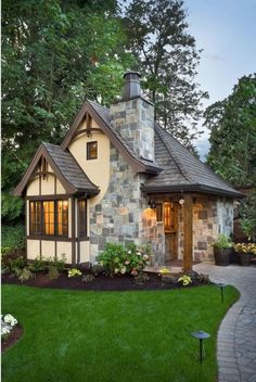 Lovely small cottage house plans will lead you to have a place to stay with high comfort. A cottage is a solution for those who have limited space to be explored. Small Cottage House Plans, Small Cottage Homes, Backyard Cottage, Cottage Plan, Tiny Homes, Garden Cottage, Stone Cottages, Small Cottages, Casas Containers