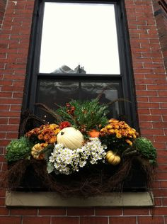 Stunning Fall Planters for Easy Garden Fall Decorations Stunning Fall Planters For Easy Garden Fall Decorations Fall Planters For Easy Garden Fall Decorations 06 Fall Window Boxes, Window Box Flowers, Window Planter Boxes, Autumn Garden, Easy Garden, Autumn Fall, Fall Containers, Succulent Containers, Fall Planters