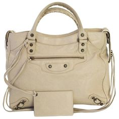 Pre-owned Balenciaga Agneau Classic Velo Praline White Tote Bag ($699) ❤ liked on Polyvore featuring bags, handbags, tote bags, white, zippered tote, zippered tote bag, white tote bag, tote handbags and white purse